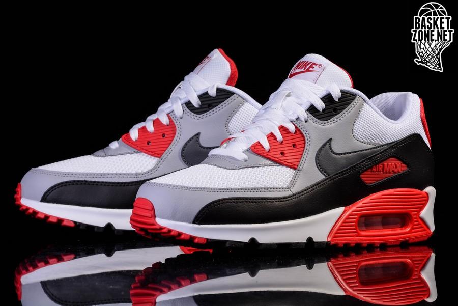 Nike Air Max Fire