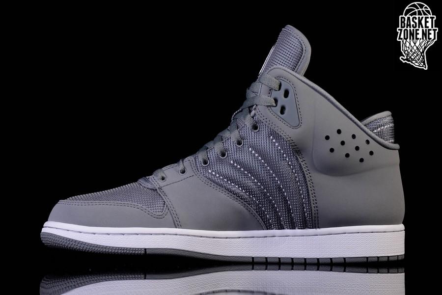 Nike Jordan Flight 4