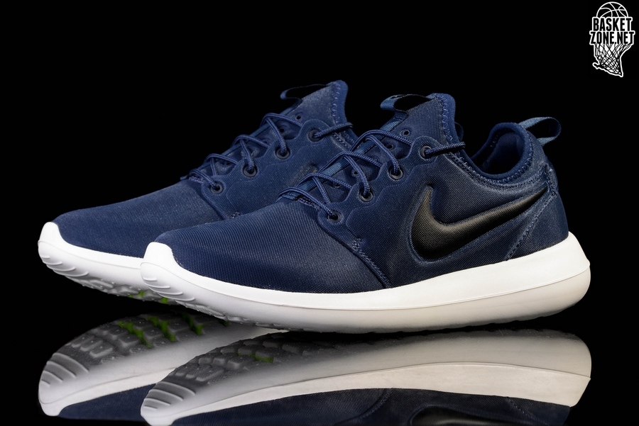 cheap for discount 8f5f9 6da98 NIKE ROSHE TWO MIDNIGHT NAVY