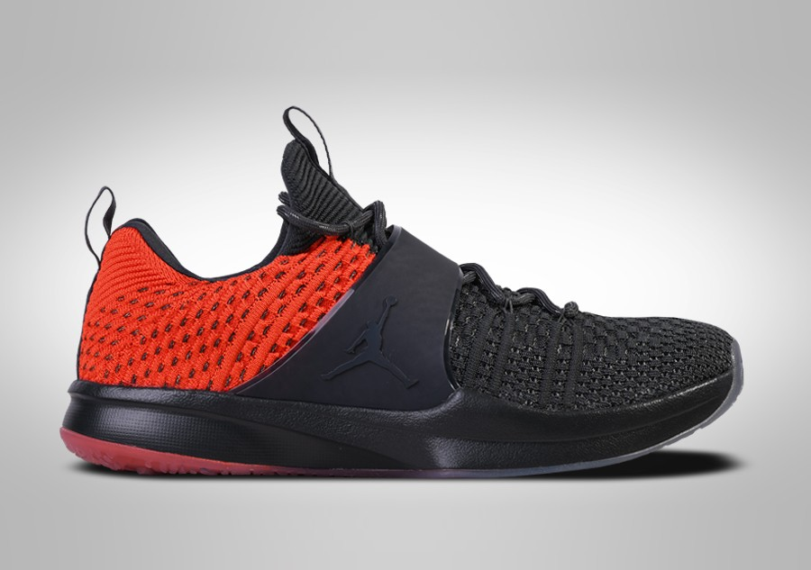 cheap for discount 79bff e4023 NIKE AIR JORDAN TRAINER 2 FLYKNIT ANTHRACITE GAMMA ORANGE per €112 ...