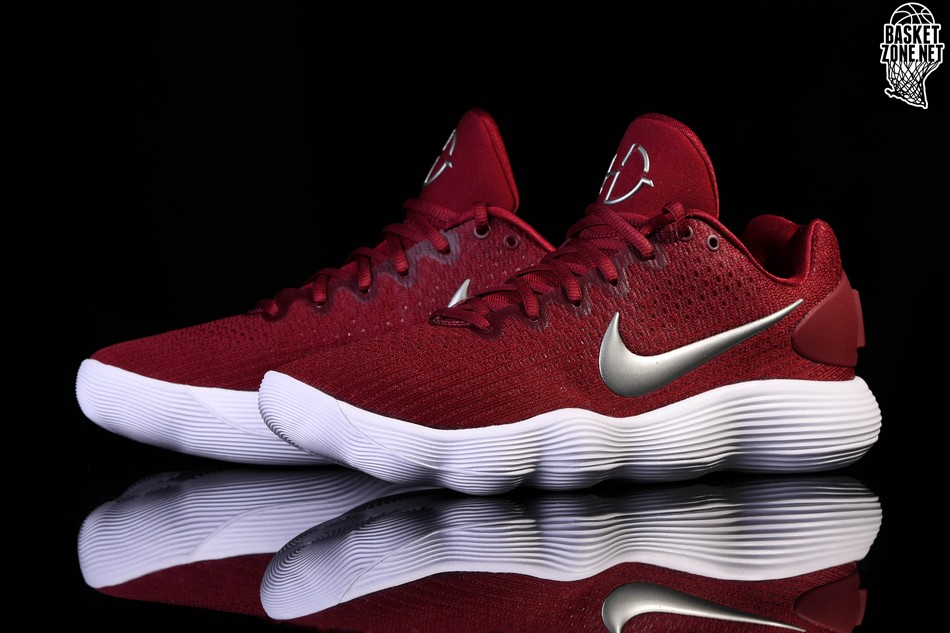 d57a78f43789 NIKE HYPERDUNK 2017 LOW TB TEAM RED price €112.50