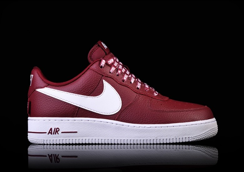 new style 89be5 891f5 NIKE AIR FORCE 1  07 LV8 NBA PACK TEAM RED
