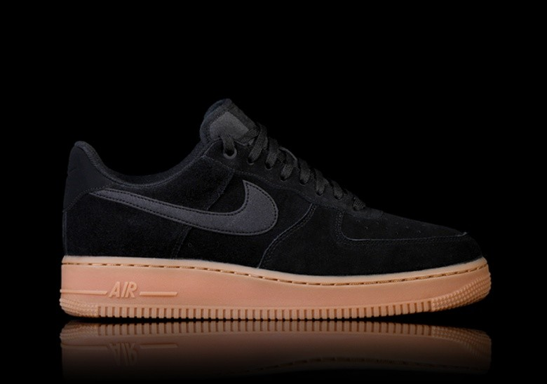 89adeb5ac4702e NIKE AIR FORCE 1 '07 LV8 SUEDE BLACK für €112,50 | Basketzone.net
