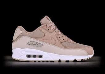 quality design ecd7e 8527e NIKE AIR MAX 90 ESSENTIAL DARK RUSSET pour €137,50 ...