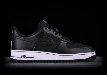 NIKE AIR FORCE 1 '07 SE BLACK