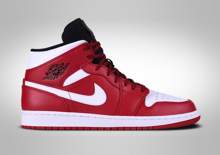 best sneakers 5d50c 1ff3a ... denmark nike air jordan 1 retro mid chicago 094ff aa131