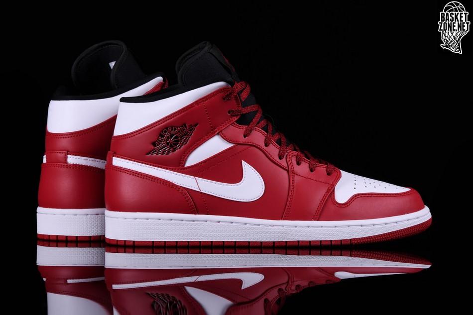 best sneakers 3edba 10224 ... denmark nike air jordan 1 retro mid chicago f332a 196c6
