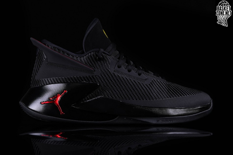 NIKE AIR JORDAN FLY LOCKDOWN BRED price €97.50  f8aea4f51