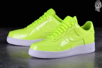 new style 8d917 843c2 NIKE AIR FORCE 1  07 LV8 UV VOLT