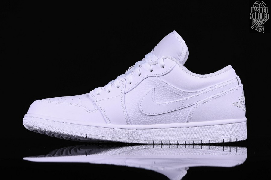 b5475c9776d NIKE AIR JORDAN 1 RETRO LOW TRIPLE WHITE pour €89,00 | Basketzone.net
