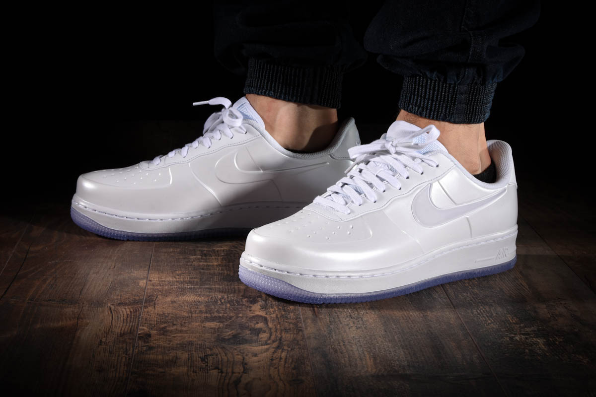 NIKE AIR FORCE 1 FOAMPOSITE PRO CUP für </div>