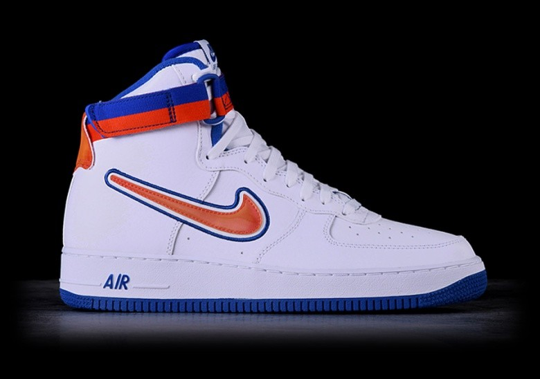 new styles 0247c 7a32d NIKE AIR FORCE 1 HIGH  07 LV8 SPORT NBA KNICKS