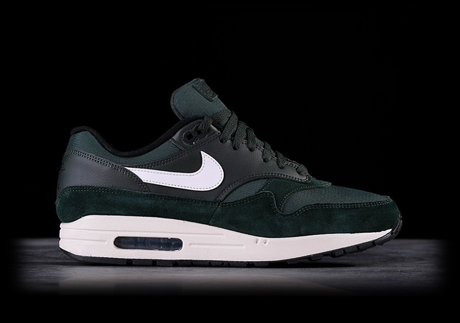 NIKE AIR MAX 1 OUTDOOR GREEN price €107