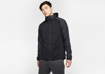 NIKE THERMA WINTERIZED BASKETBALL FULL-ZIP HOODIE BLACK