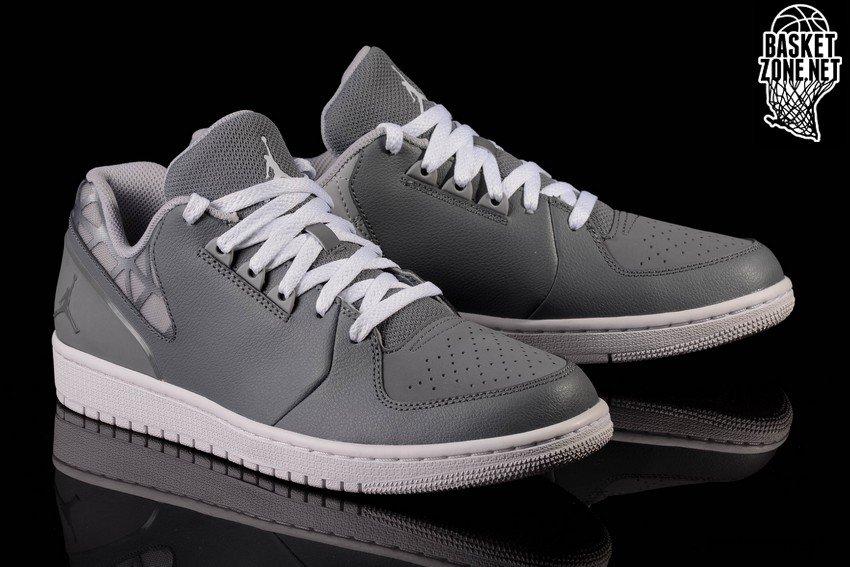 Nike Air Jordan Flight 3
